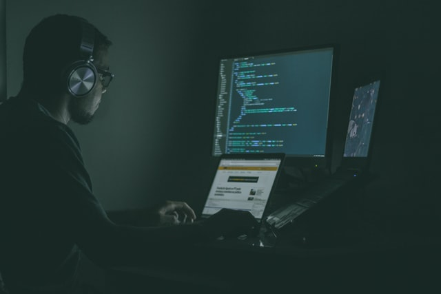 詐欺、架空請求のリスク